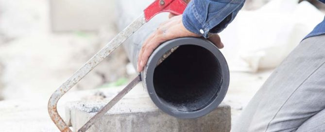 preparing a new pipe for a pipe relining